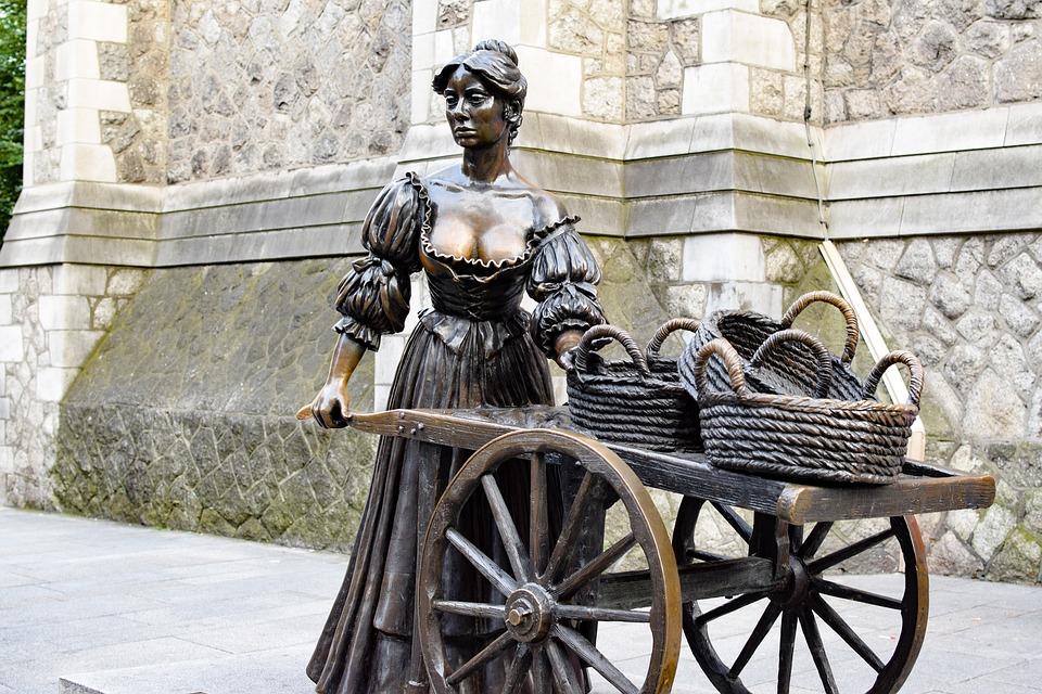 molly malone statua