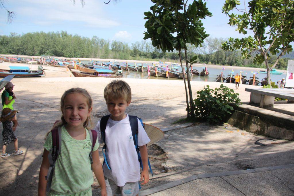 bambini in tailandia