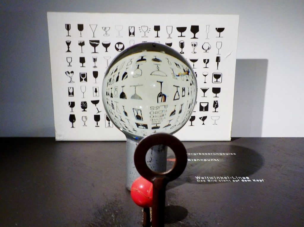 Glasi di Hergiswil, fabbrica vetro, illusioni con bambini