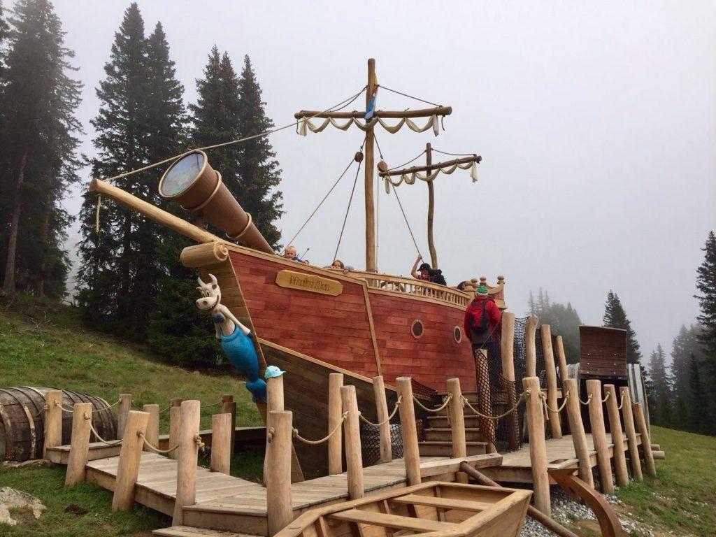 il vascello nel bosco di Serfaus Tirolo