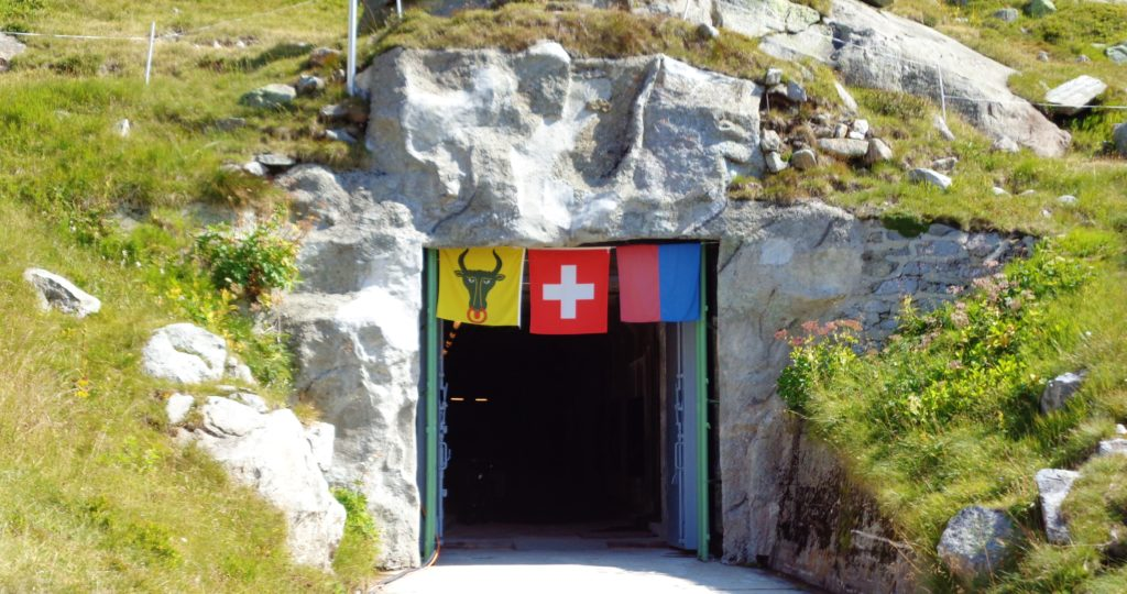 entrata fortezza militare del san gottardo