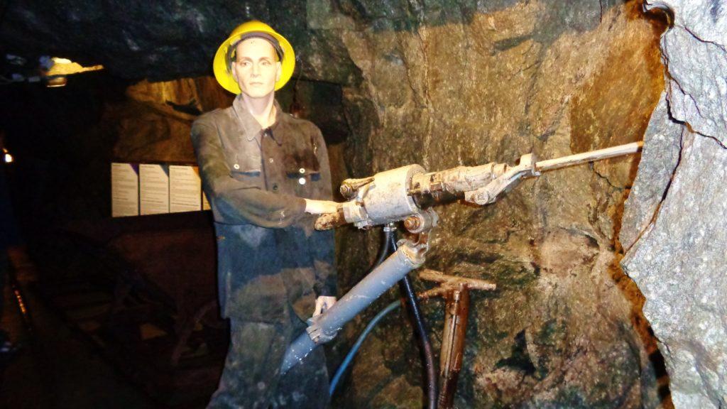 tunnel fortezza militare