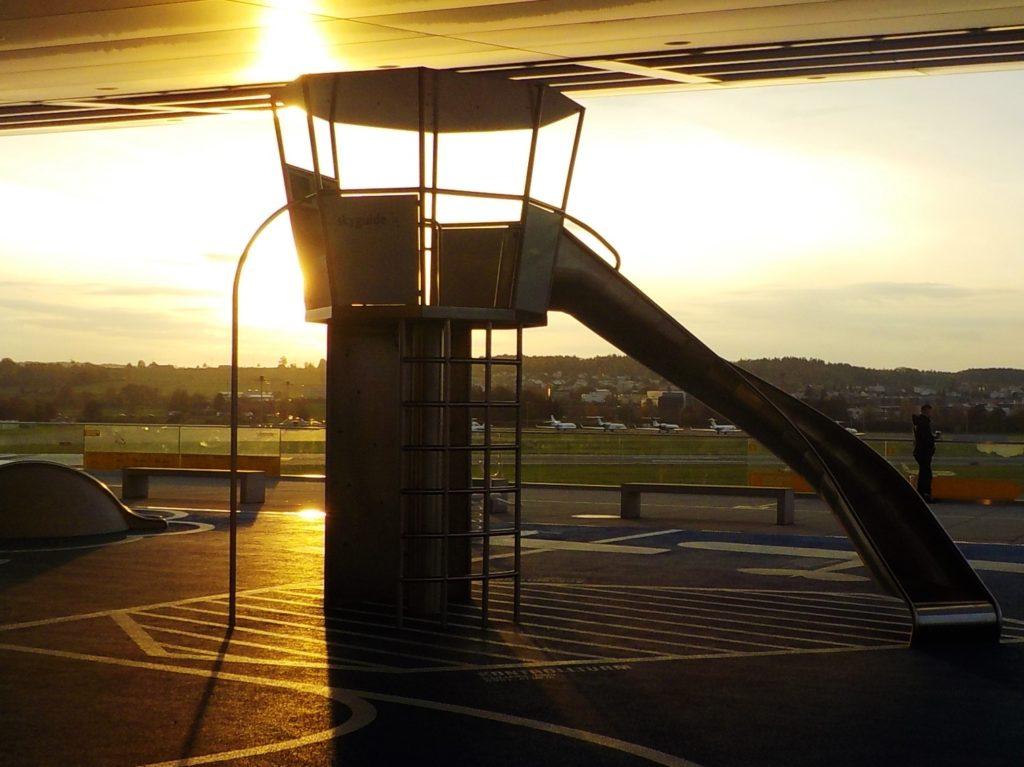 tramonto aeroporto zurigo kloten
