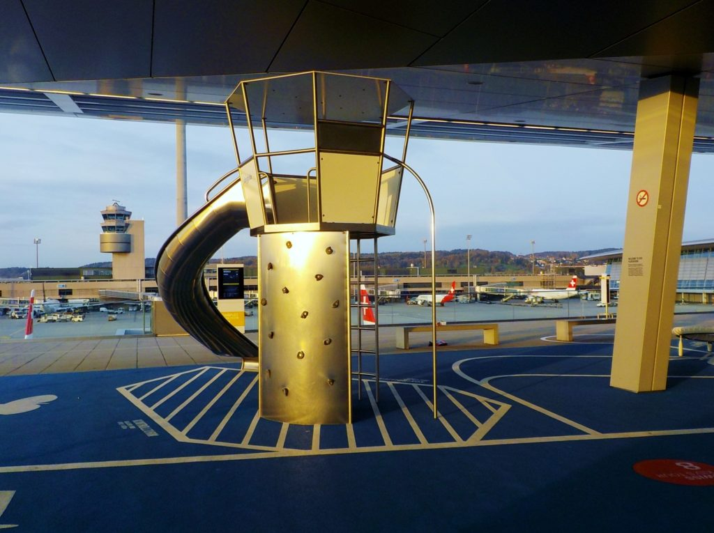 parco giochi aeroporto zurigo kloten