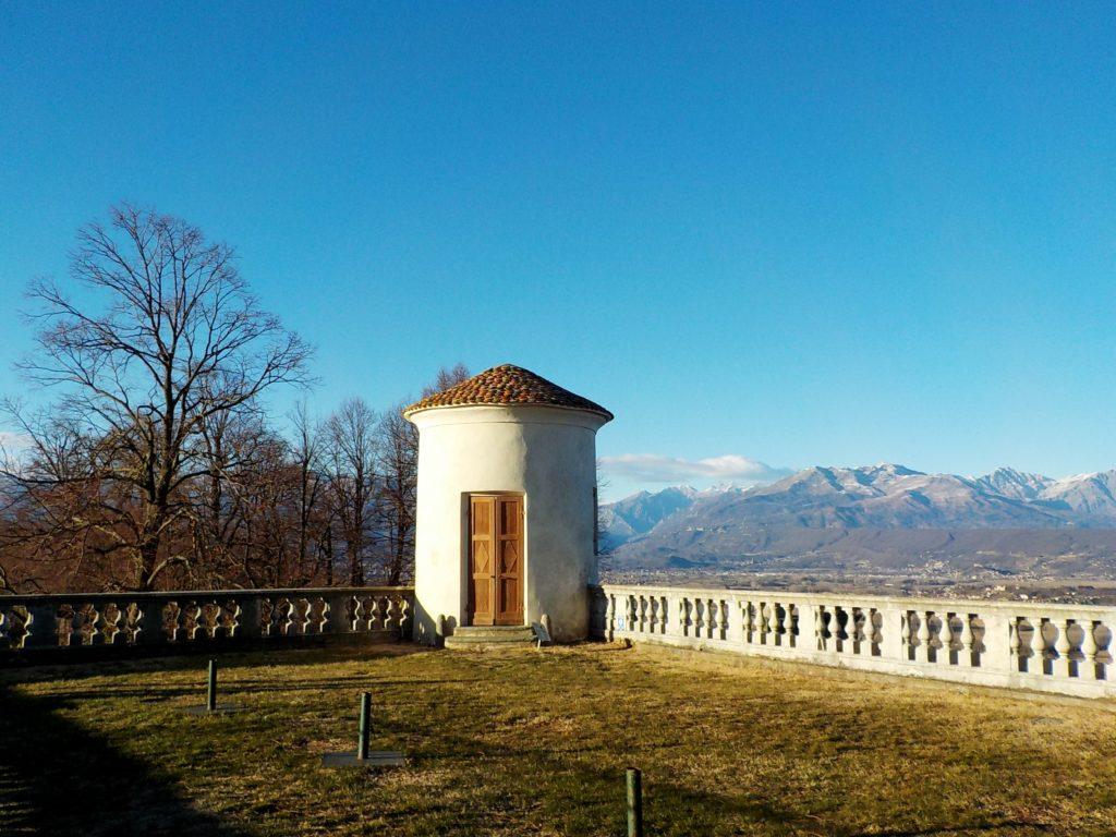 Castello di Masino, terrazzo esterno (Piemonte, Italia)