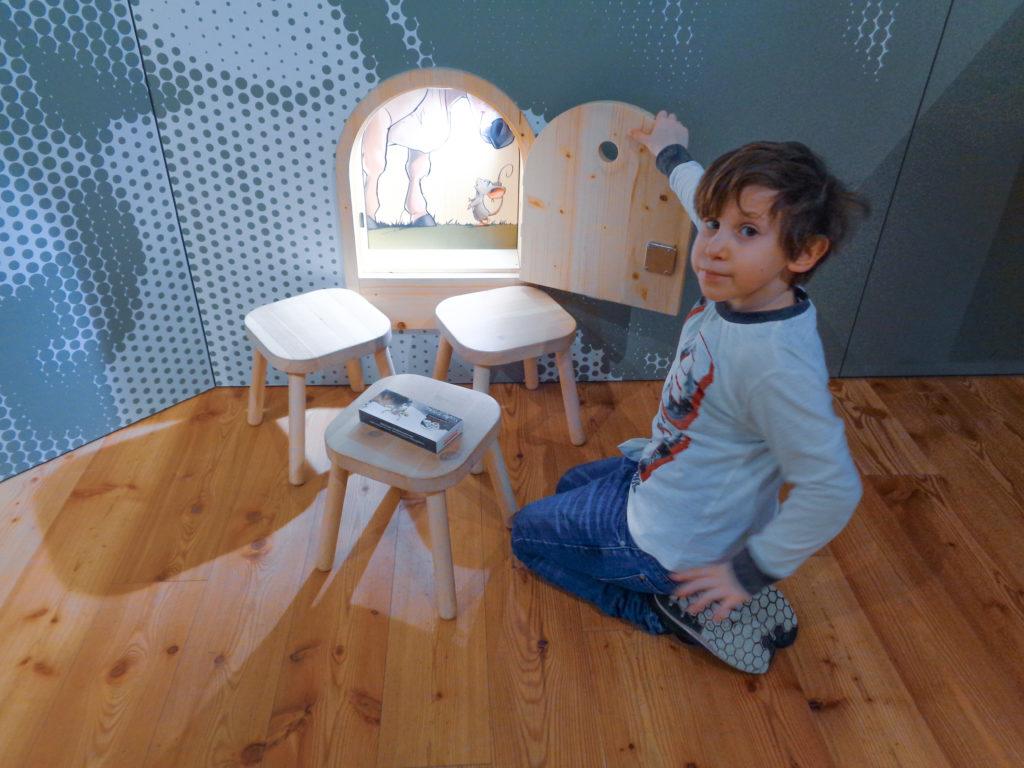 demonstration dairy stein, appenzell (switzerland)... small secrets for children