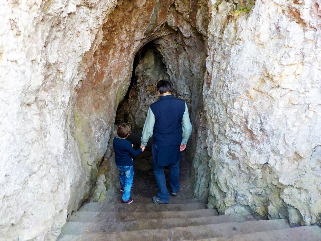 percorriamo un tunnell per le cascate del Reno