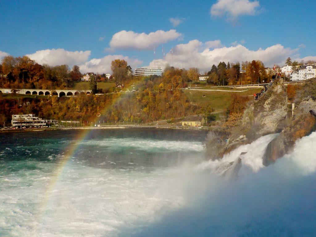 arcobaleno alle cascate del Reno