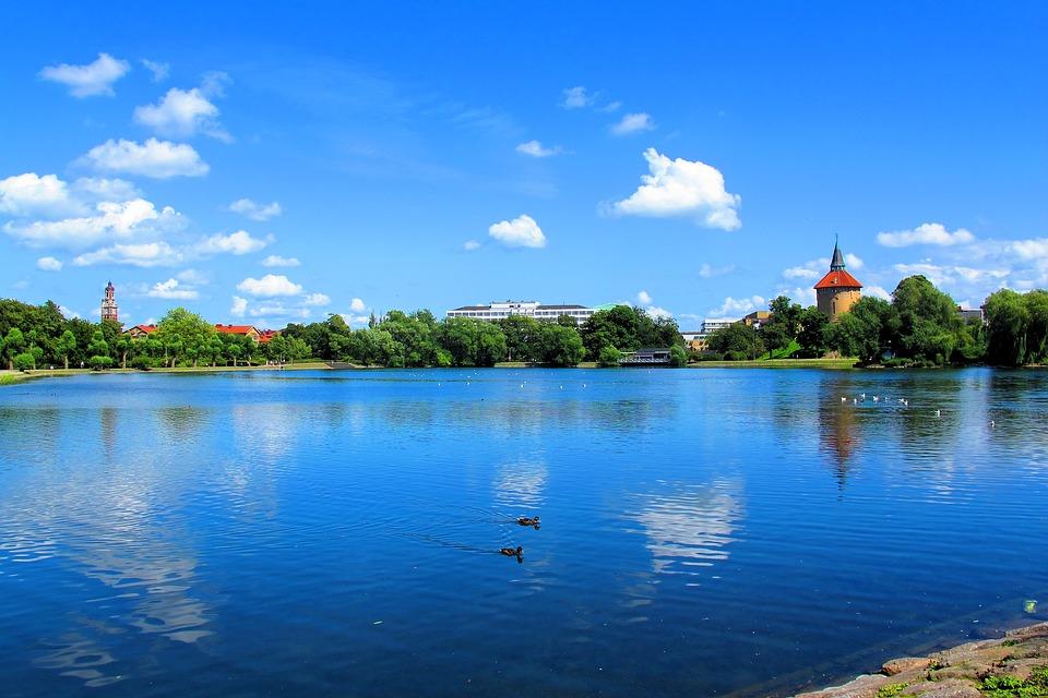 Malmö parco con laghetto