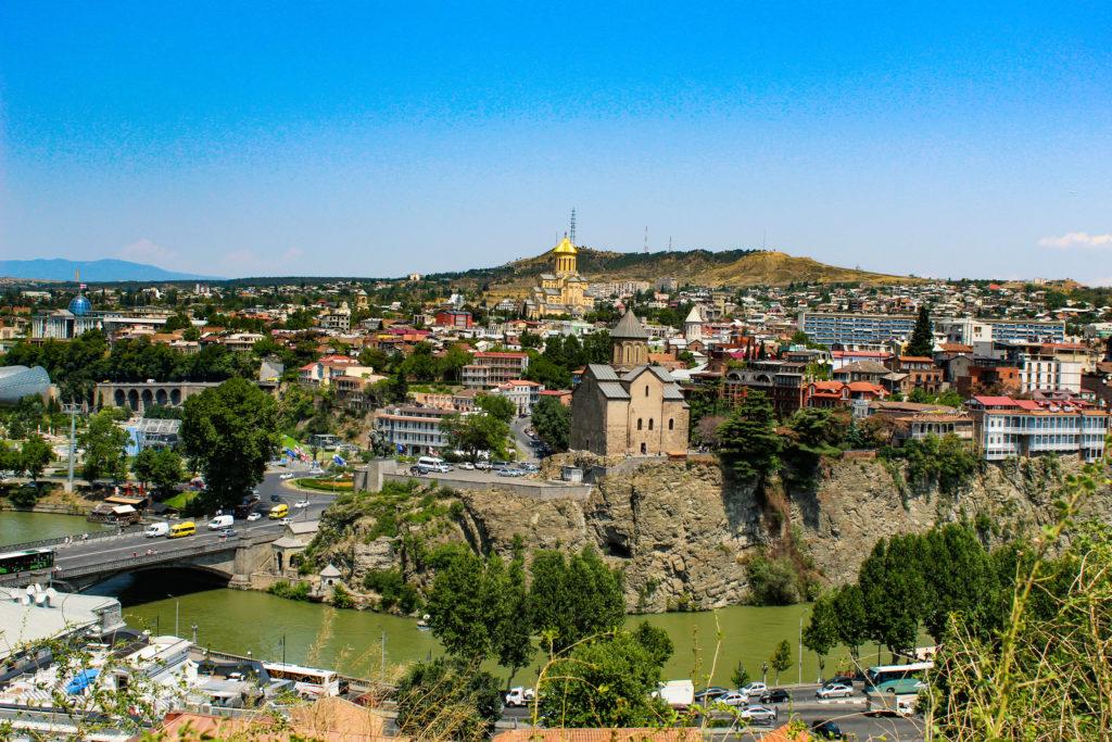 tbilisi. inizio del nostro viaggio in georgia