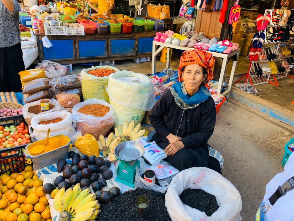 Mercato di Loikaw