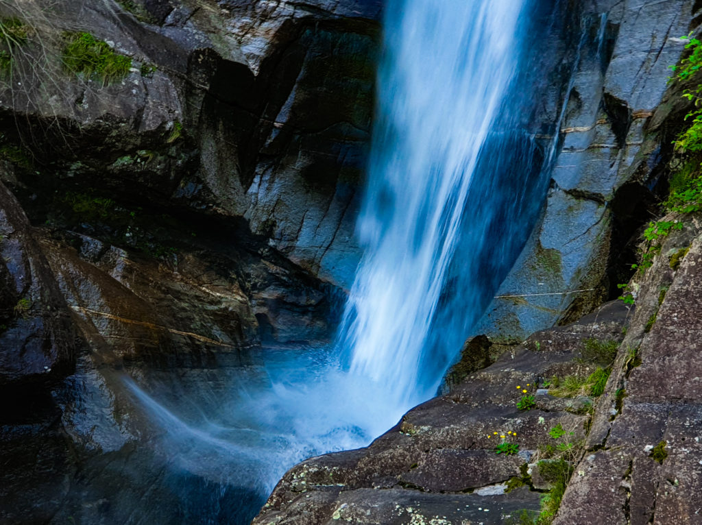 cascata di santa petronilla biasca