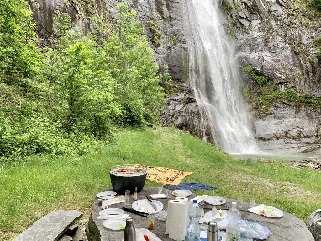 pic nic alla cascata grande di Bignasco