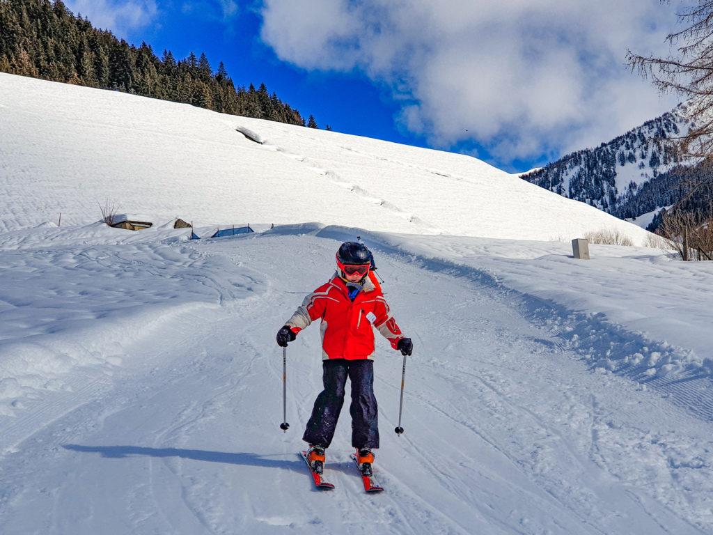 Piccoli sciatori a Lüina